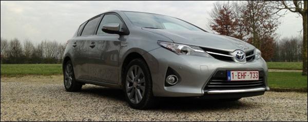 Toyota Auris HSD test