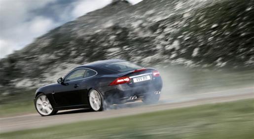 Jaguar XK-R