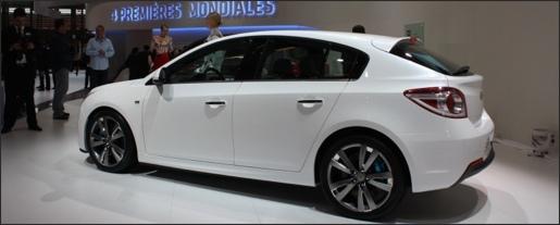 Chevrolet Cruze Hatchback Concept Parijs 2010