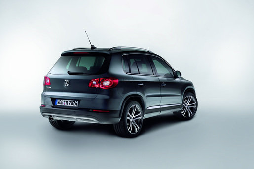 VW Tiguan Avenue en track