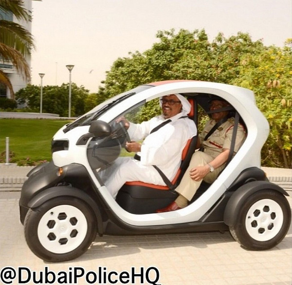Dubai Police cars Renault Twizy
