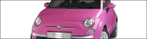 ... Fiat 500. Barbieroze, vrouwvriendelijk en schattig, wat wil een (jonge