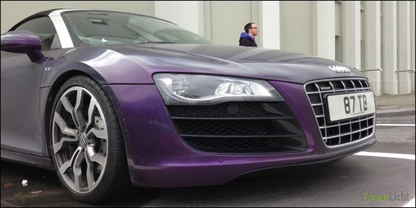 Gespot Shmee150 Audi R8 V10 Spyder paars