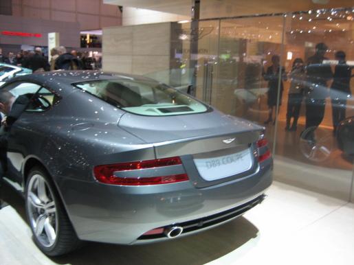 Aston Martin DB9 Coupé en Volante Facelift