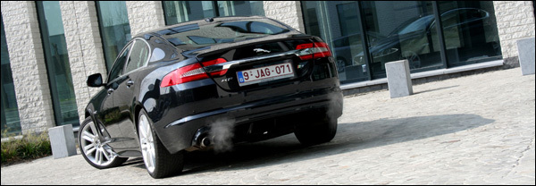 Jaguar XFR rijtest header test