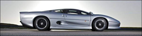 Jaguar XJ220 20 jaar