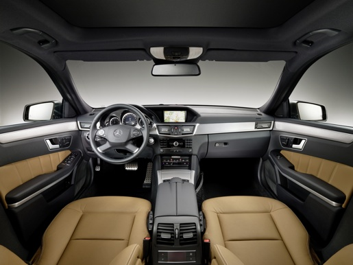 Officieel nieuwe mercedes e klasse break for Mercedes classe r interieur