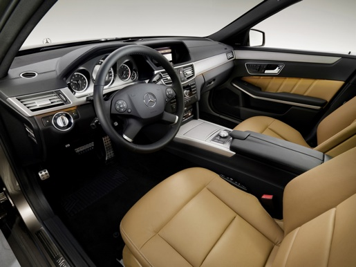 Officieel nieuwe mercedes e klasse break for Interieur e klasse