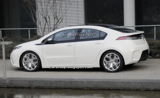 Opel Ampera Spyshots