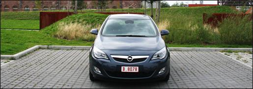 Opel Astra rijtest 1.7 CDTI