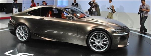 Lexus LF-CC Concept Parijs