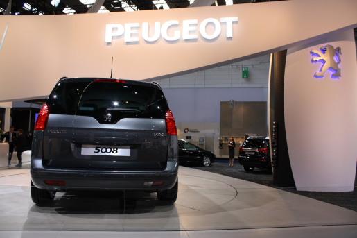 Frankfurt 2009 Peugeot 5008