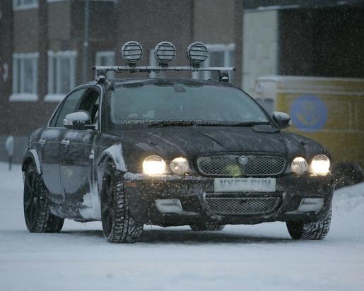 Spyshots: Jaguar XJ mule