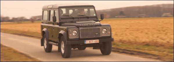 Land Rover Defender rijtest 2012