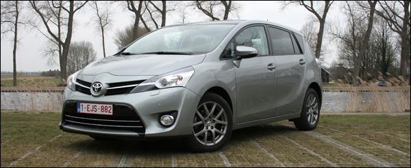 Toyota Verso Rijtest 2.0D 2013