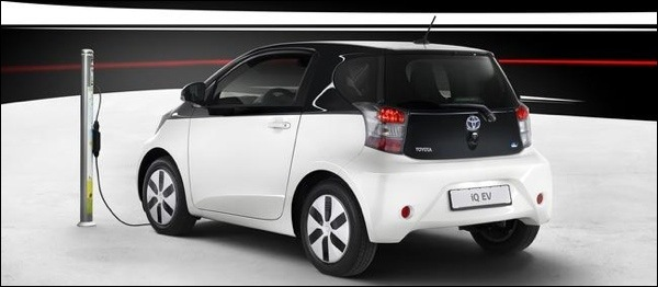 Toyota iQ EV 2013