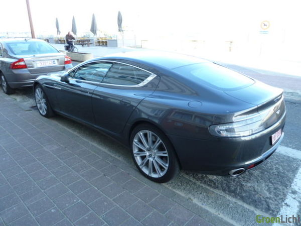 Gespot Aston Martin Rapide