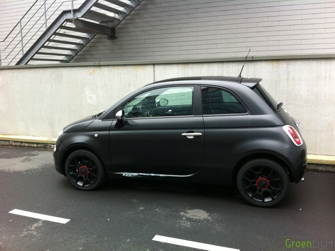 Gespot: Fiat 500 Matt Black | | Spots GroenLicht.be