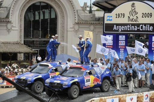 2009-dakar-rally-winners-vw-touareg-2-tdi_14