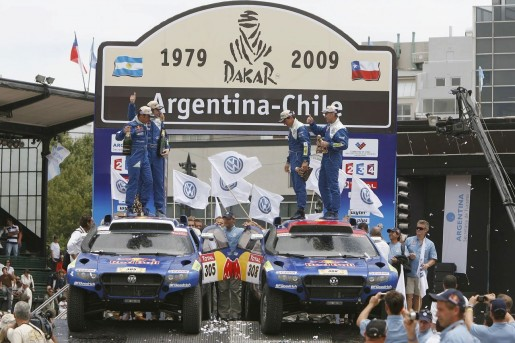 2009-dakar-rally-winners-vw-touareg-2-tdi_7