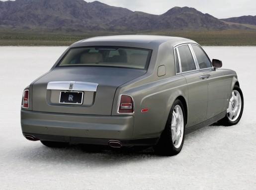 2009-rolls-royce-phantom-facelift_2