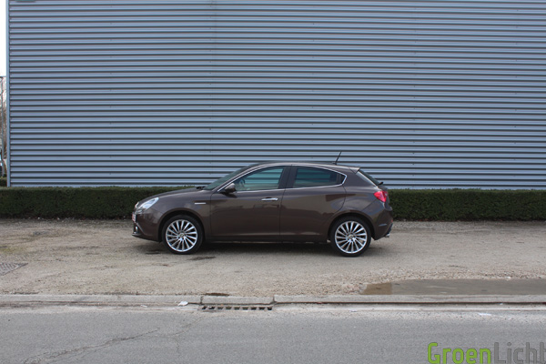 Rijtest: Alfa Romeo Giulietta 2.0 JTDm Distinctive