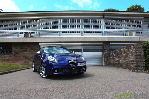 Alfa Romeo Giulietta 2.0 JTDm TCT - Rijtest 01
