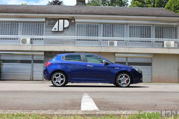 Alfa Romeo Giulietta 2.0 JTDm TCT - Rijtest 04