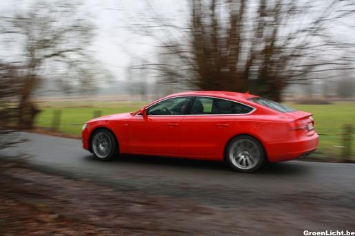 Audi A5 Sportback Rijtest Rijdend