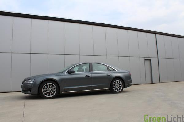 Audi A8 Facelift TDI - Rijtest01