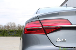 Audi A8 Facelift TDI - Rijtest05