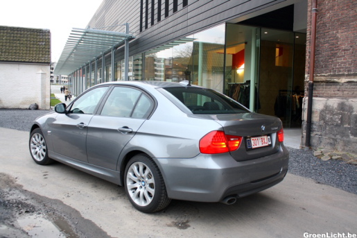 BMW 320d xDrive 05