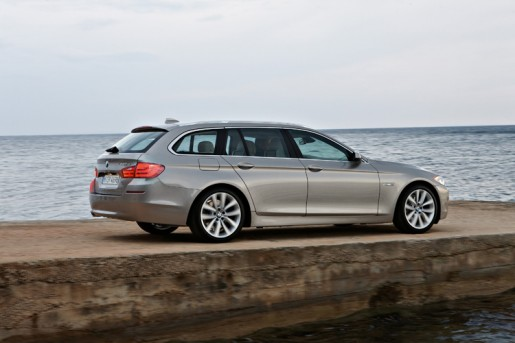 The new BMW 5 Series Touring (03/2010)