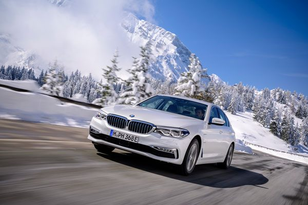 BMW 225xe Active Tourer en 530e Berline krijgen grotere batterij