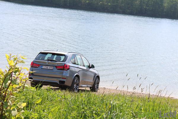 BMW X5 M50d - Rijtest 13