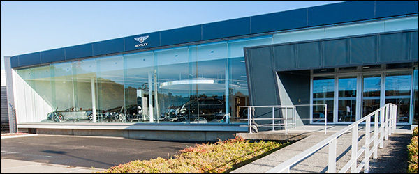 Bentley Belgium opent showroom in Drogenbos
