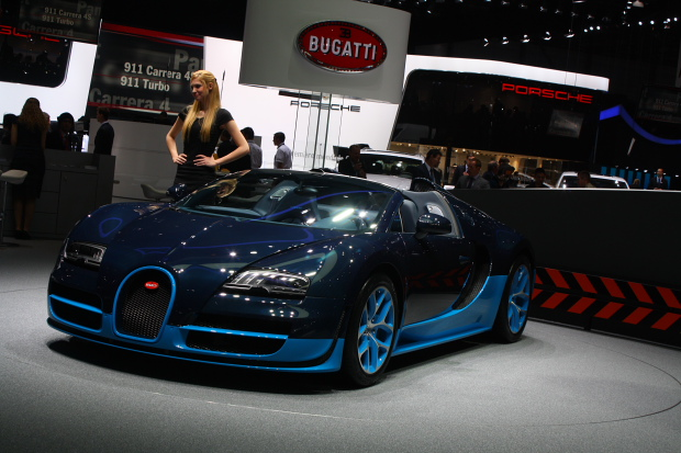 www bugatti veron release date price and specs. Black Bedroom Furniture Sets. Home Design Ideas
