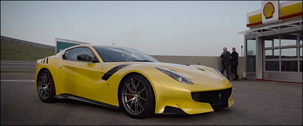 Video: Chris Harris test de Ferrari F12tdf