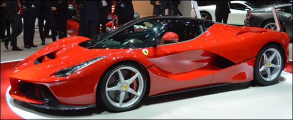 Autosalon Geneve 2013 - Ferrari
