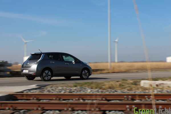 Duotest - Nissan Leaf vs Focus Electric 46
