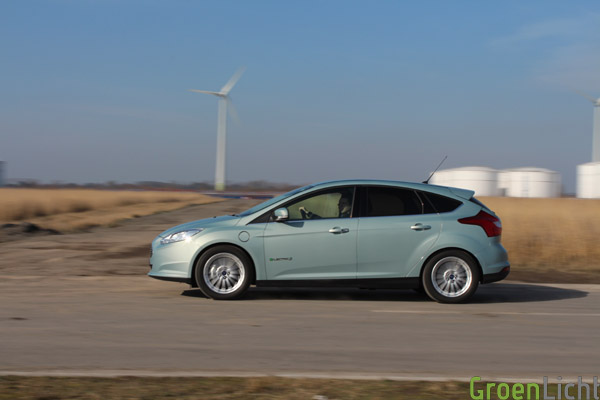 Duotest - Nissan Leaf vs Focus Electric 50