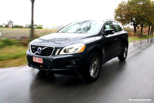 Duotest_Volvo_XC60_Hyundai_Santa_Fe_12