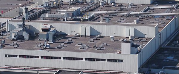 Eneco legt 15.000 zonnepanelen op Volvo Car Gent