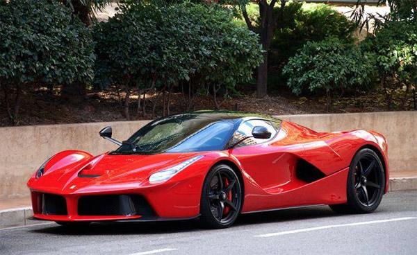 Eerste Ferrari Laferrari Gaat Naar Monaco Groenlicht Be