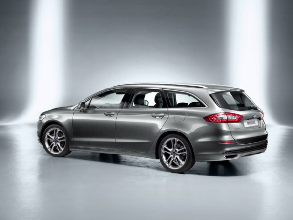 Ford Mondeo Clipper 2013 03