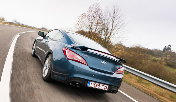 Rijtest Hyundai Coupé 3.8 V6 GDi