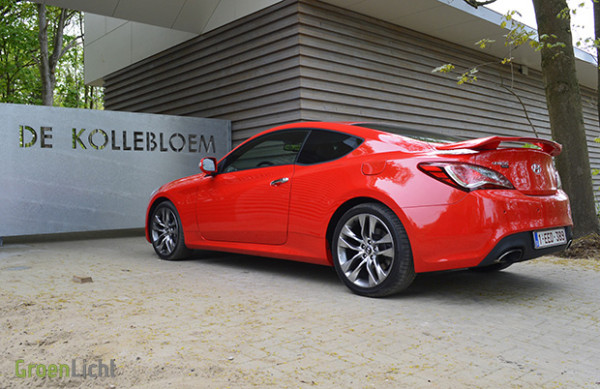 Rijtest Hyundai Genesis Coupe 2.0T 2013