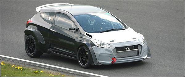 Hyundai test de i30 2.0 Turbo 'N' tijden 24u van de Nürburgring