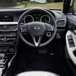 Infiniti Q30 hatchback - interieur