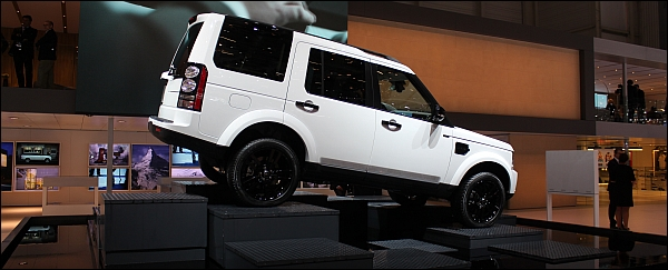 Land Rover Discovery - Geneva 2014 Live